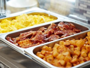 Complimentary-Hot-Buffet-breakfast