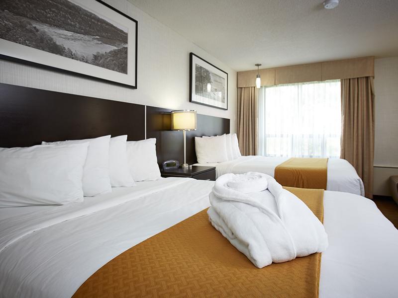 burlington bedrooms. Quality Hotel Burlington \u2013 BedroomTotal Bedrooms